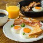 Эксперты рассказали, каким должен быть завтрак